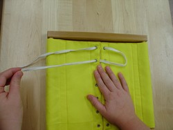 Lacing Frame 3.JPG