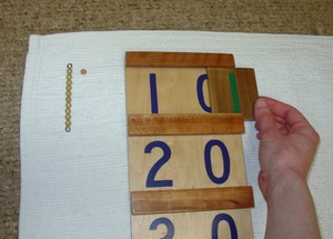 File:Tens Board with Beads 5.JPG